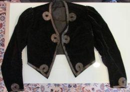 M. L. Entler embroidered green jacket